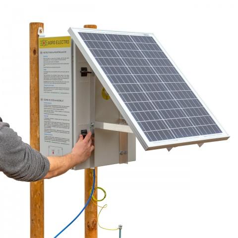 Aparat gard electric compact DL4500 cu sistem solar 30W și acumulator 12V