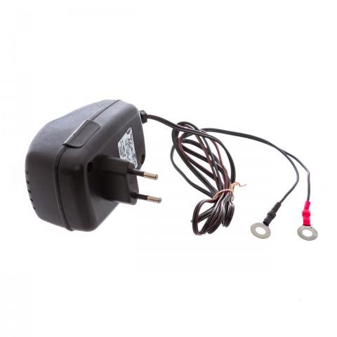 Adaptor de rețea cu transformator, 220/12V<br/>50Lei<br><small>0014</small>