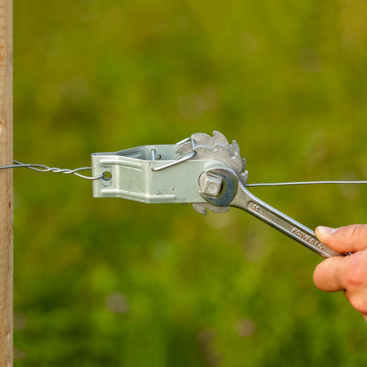Întinzător cu clichet pentru fir gard electric